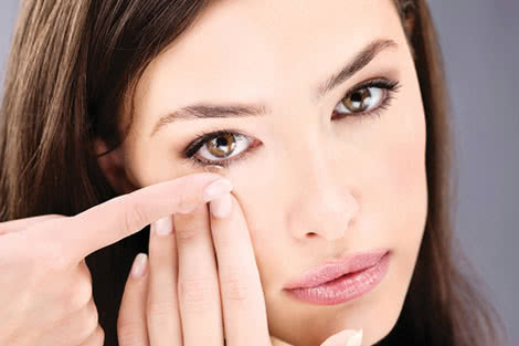 Mistakes Contact Lens Wearers Make